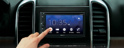 Images of 16.3-cm (6.4-inch) Apple CarPlay/Android Auto™ DVD Receiver