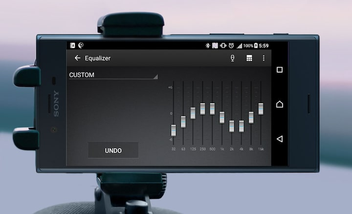 Image of smartphone displaying 10-band digital equalizer
